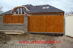 samonosná brána s dřevěnou výplní (22)