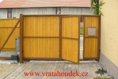 samonosná brána s dřevěnou výplní (29)