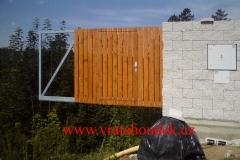 samonosná brána s dřevěnou výplní (31)