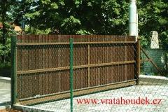 samonosná brána s dřevěnou výplní (38)