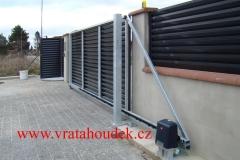 samonosná brána s hliníkovou výplní (10)
